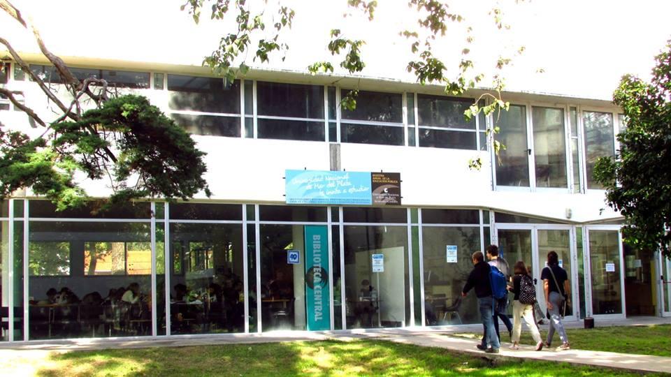 Foto Biblioteca Central