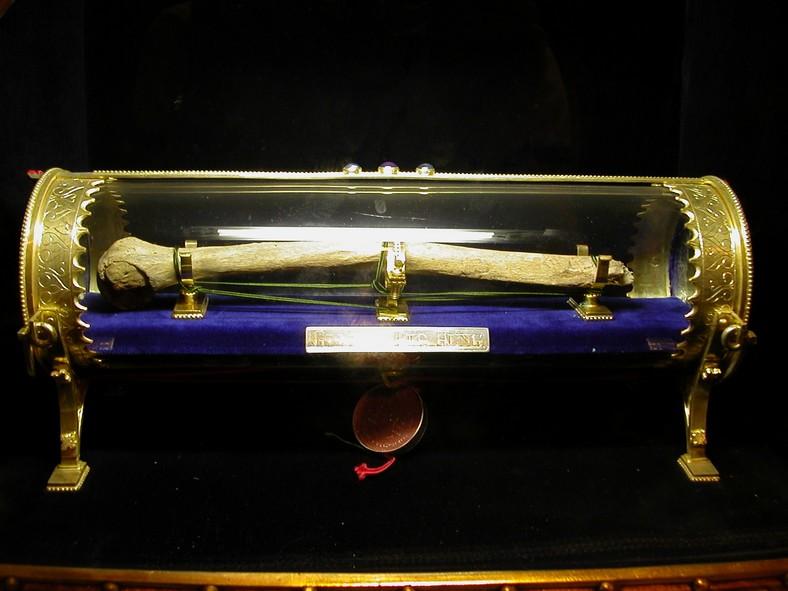 Relikvie av dronning Gisela i en kirke i Veszprém i Ungarn