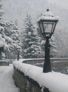 File:Borjomi riverwalk winter.jpg