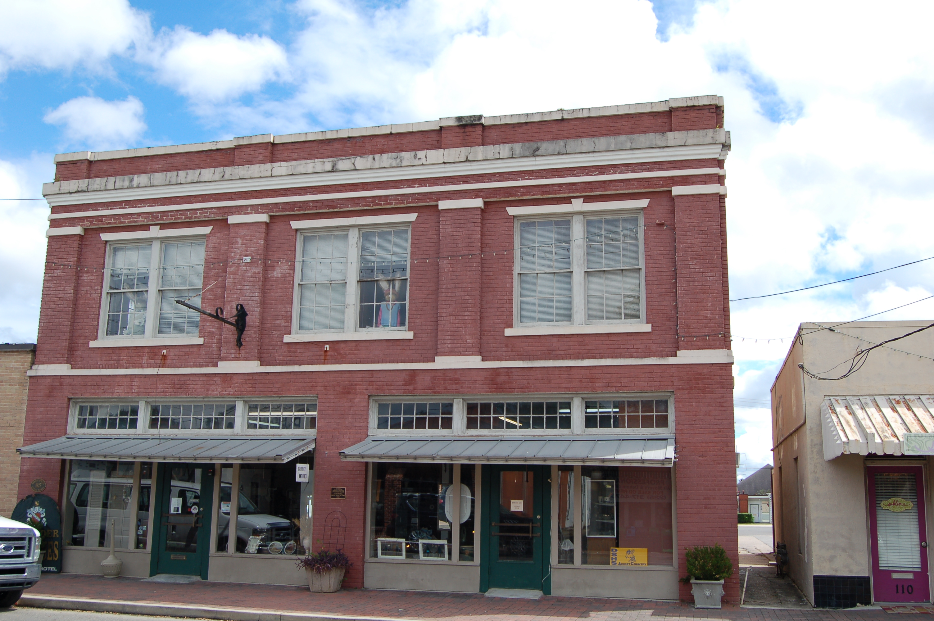 file:brown hotel denham springs - wikimedia commons
