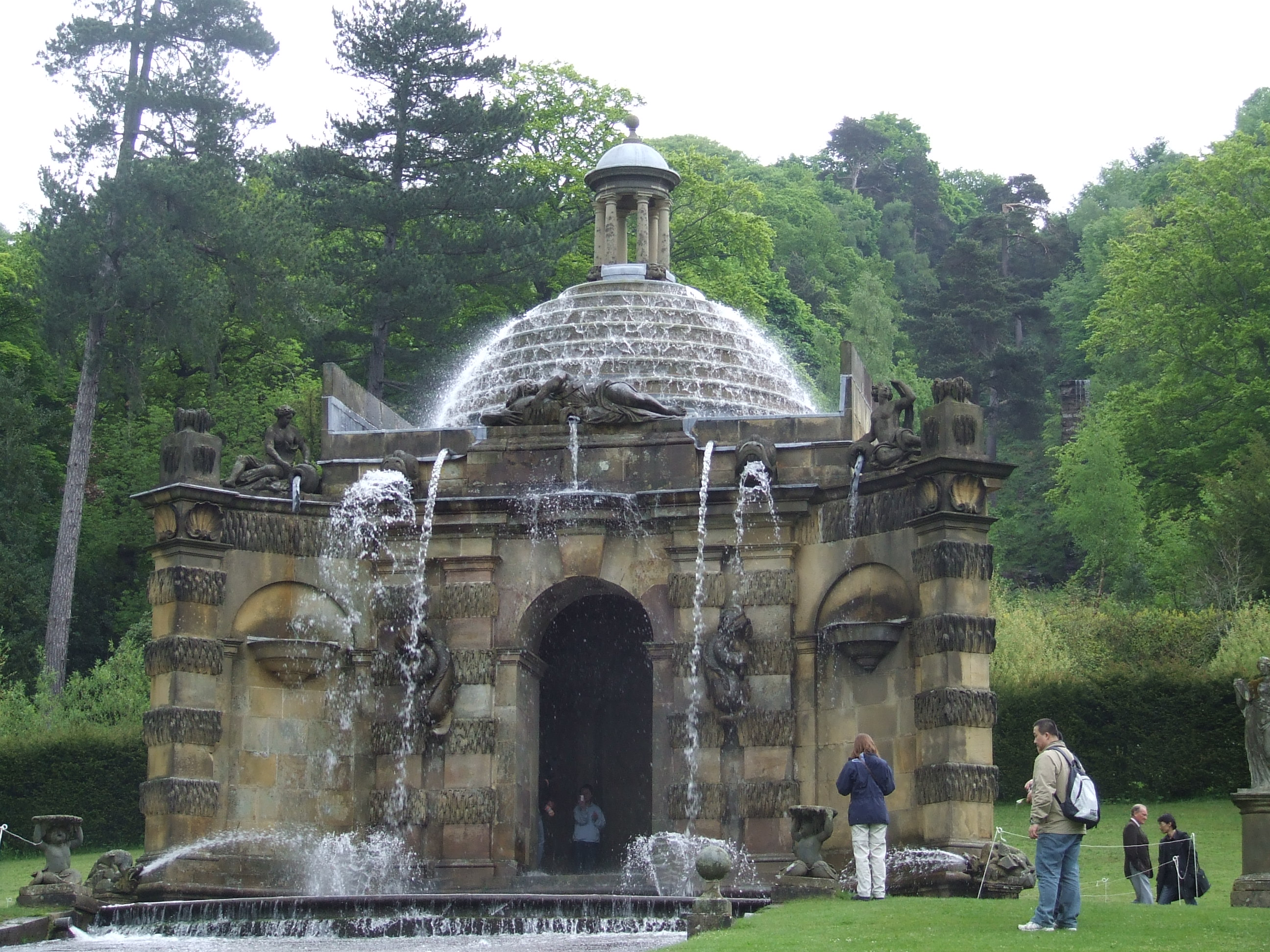 file cascade house chatsworth derbyshire uk jpg