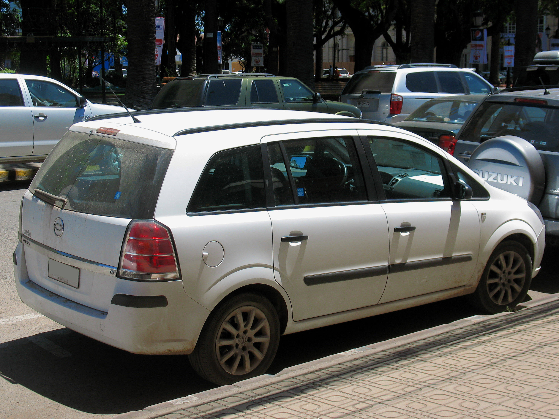 File Chevrolet Zafira 1 8 Essentia 2008  15995933804  Jpg