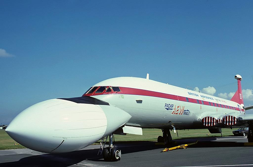 Resultado de imagen de comet aew aircraft