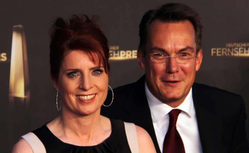 Deutscher Fernsehpreis 2012 - Monica Lierhaus - Rolf Hellgardt.jpg