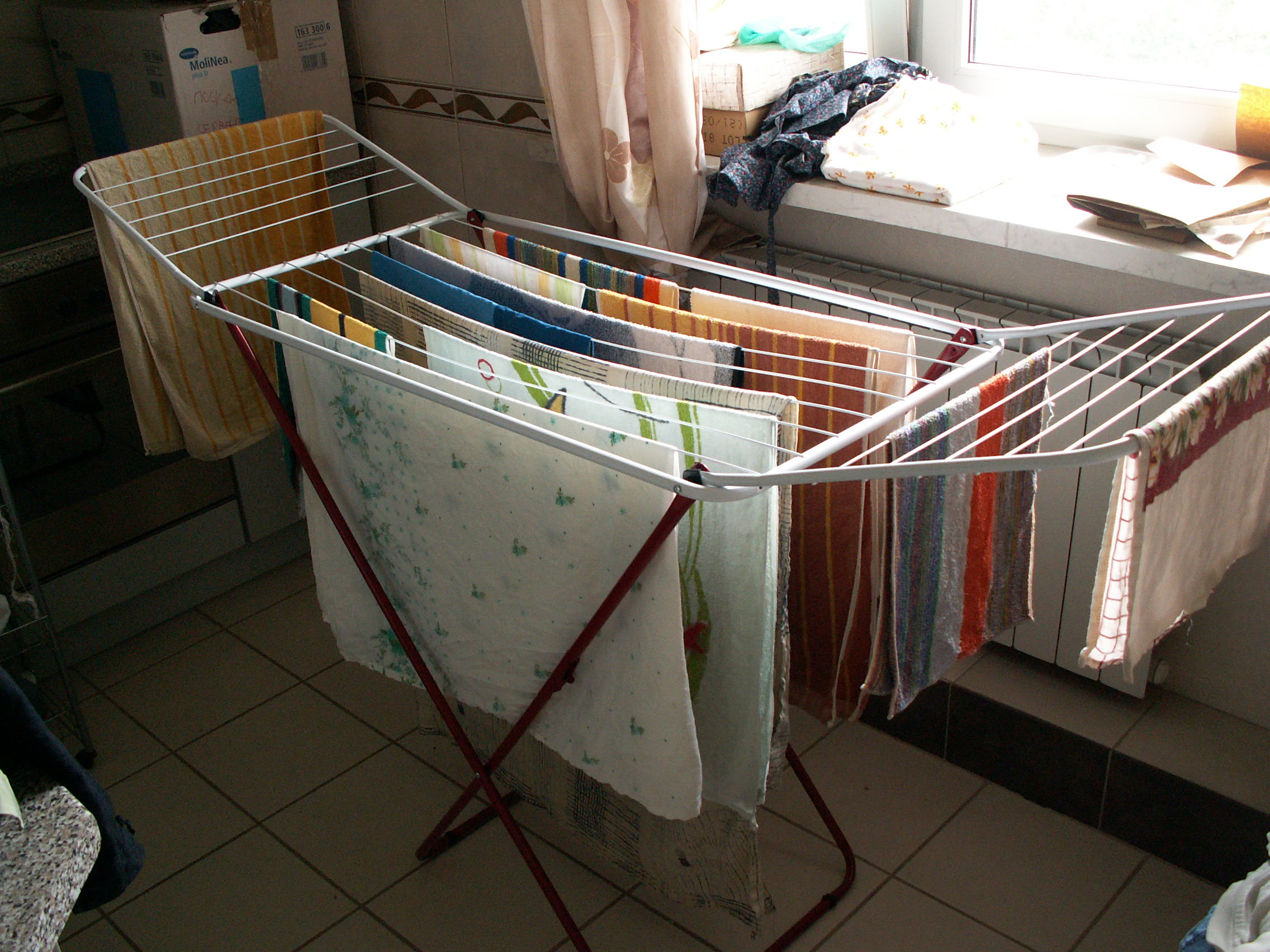 File Drying Clothes Jpg Wikimedia Commons