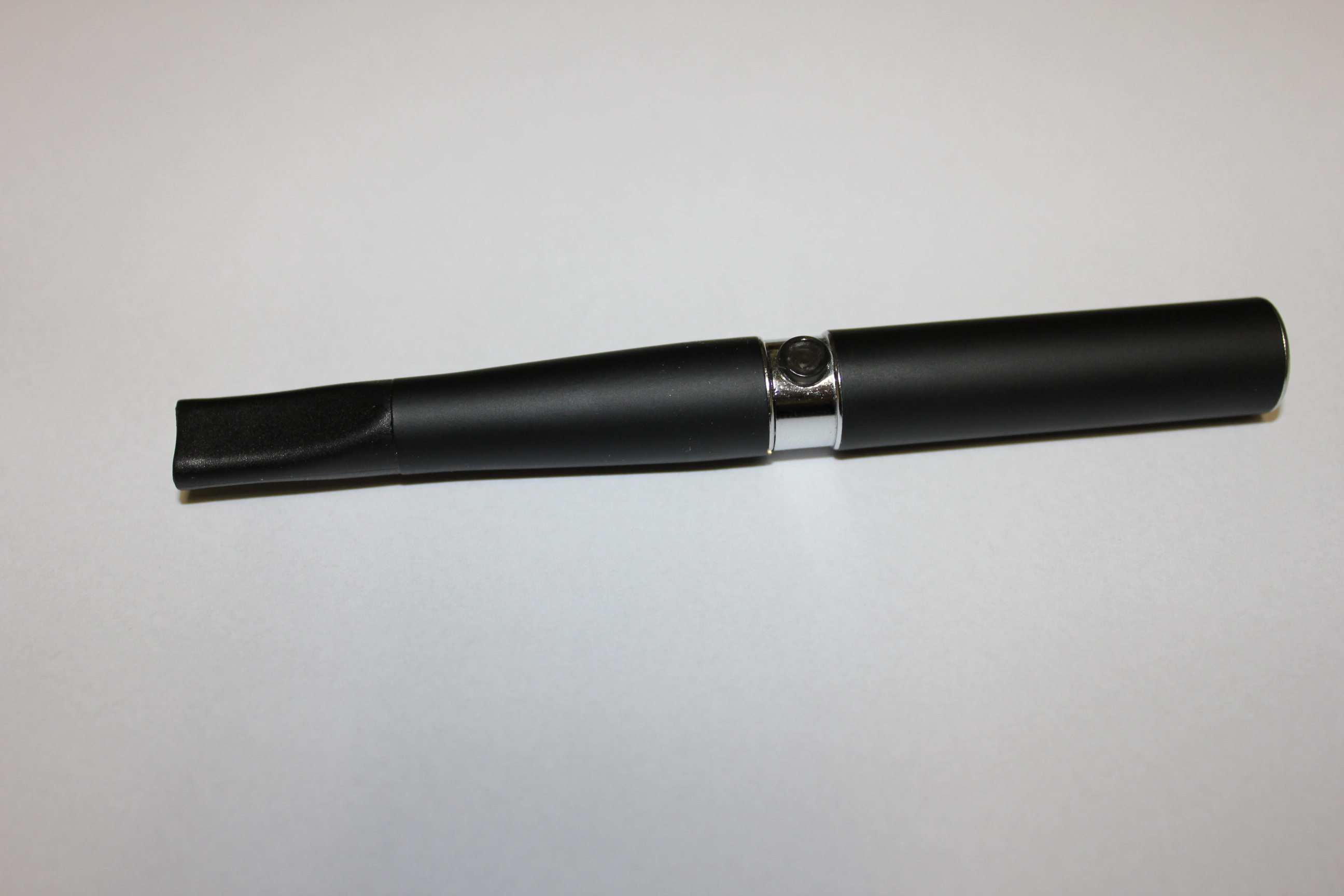 cigarette électronique, modèle différent
