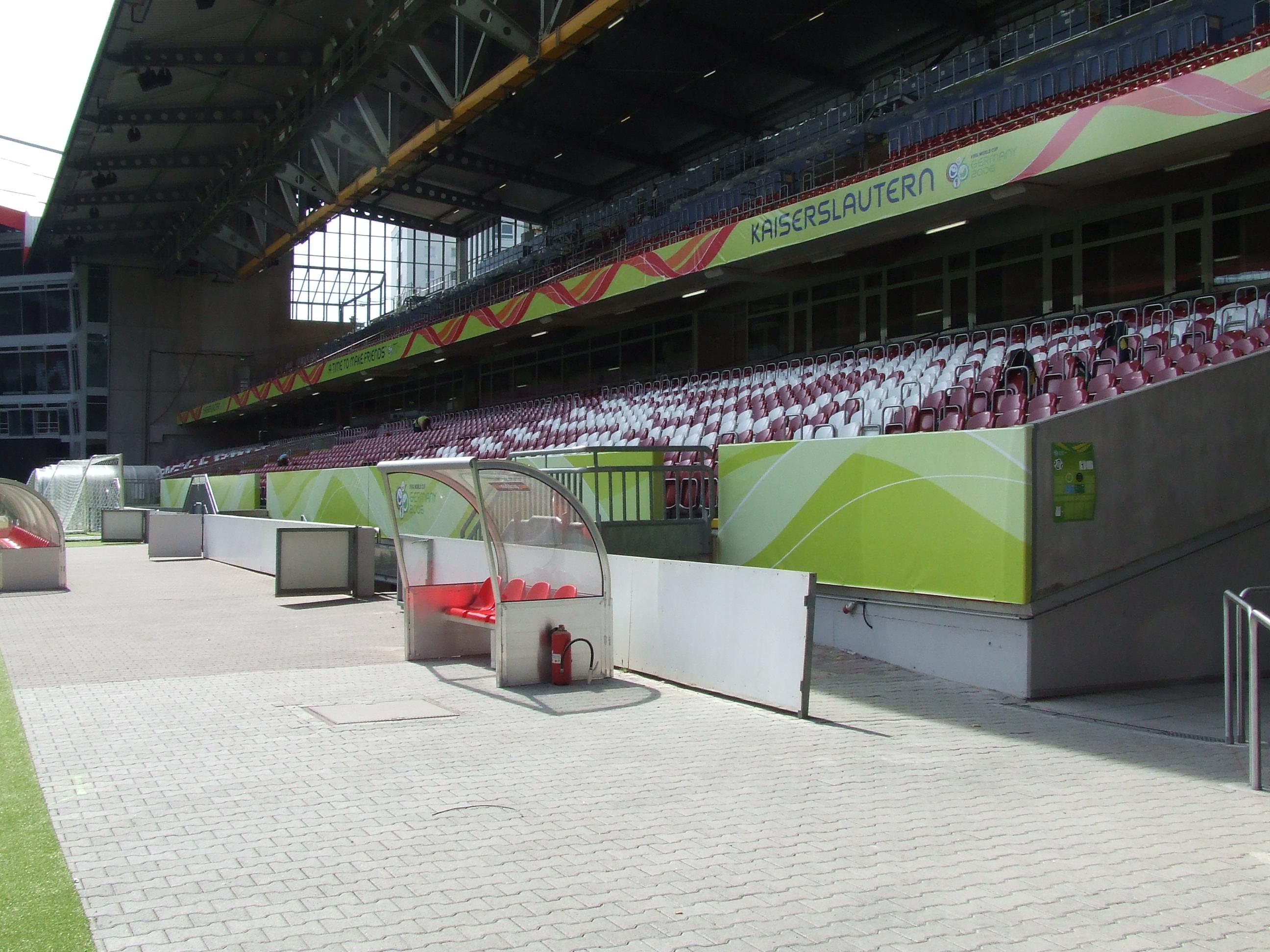 FIFA-Fritz-Walter-Stadion04.JPG