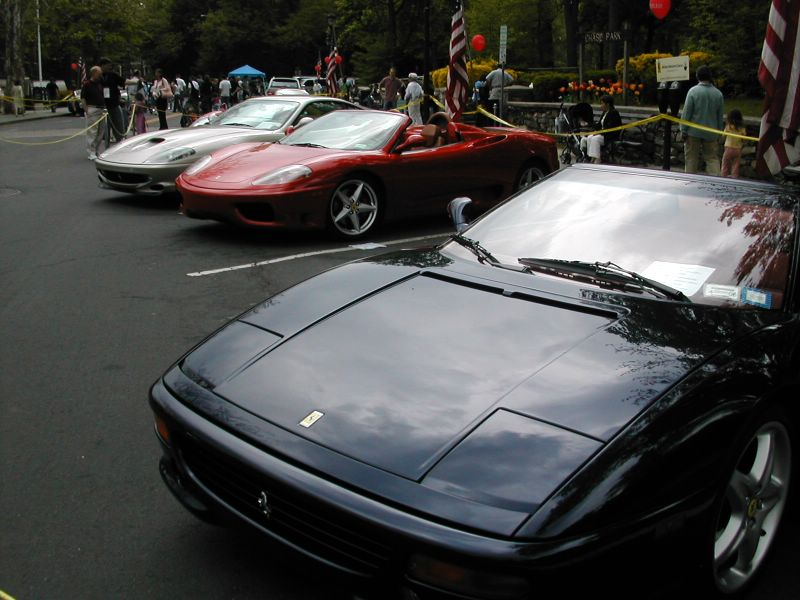 File:Ferrari 550, 360 Spider, and F355.jpg
