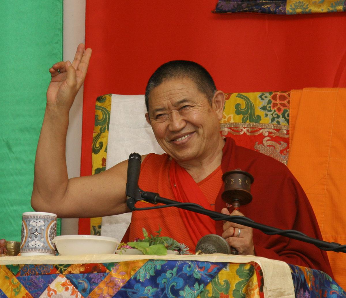 His Eminence Garchen Rinpoche* Su Eminencia Garchen Rinpoche - Mahamudra (Chile 2007)