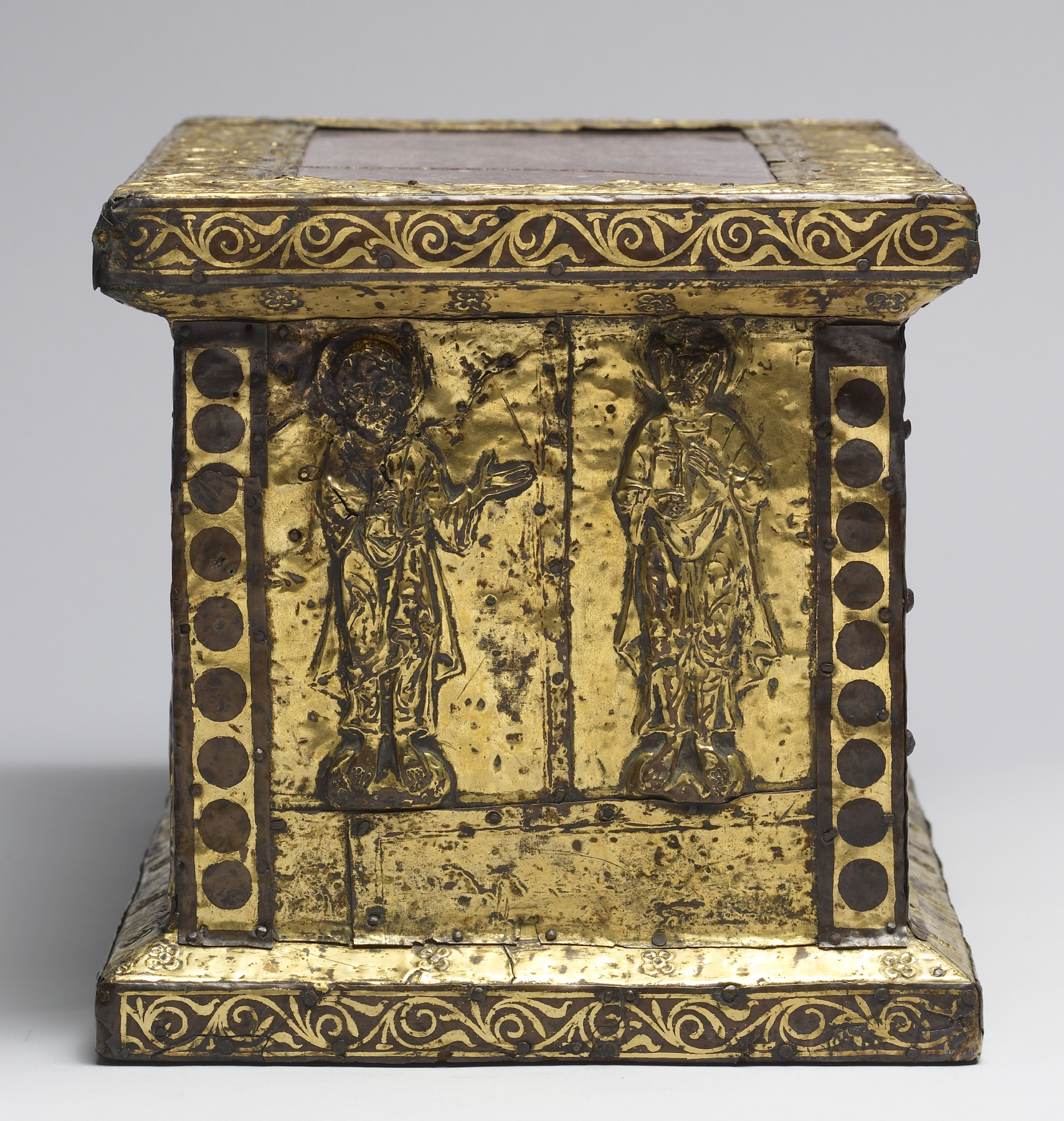 An 11th century portable altar
