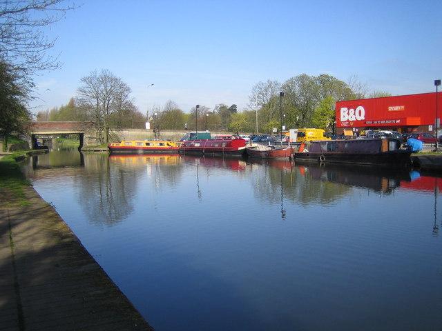 Grand Union Canal, at Hemel Hempstead - geograph.org.uk - 156638