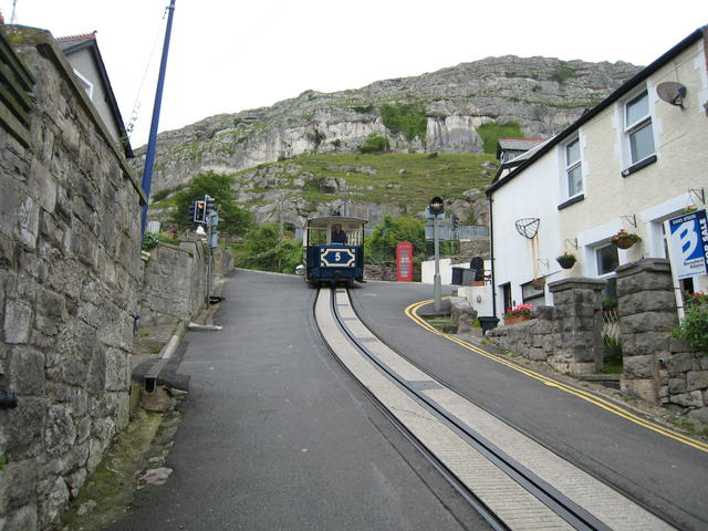 File:Great Orme Tramway - geograph.org.uk - 553780.jpg