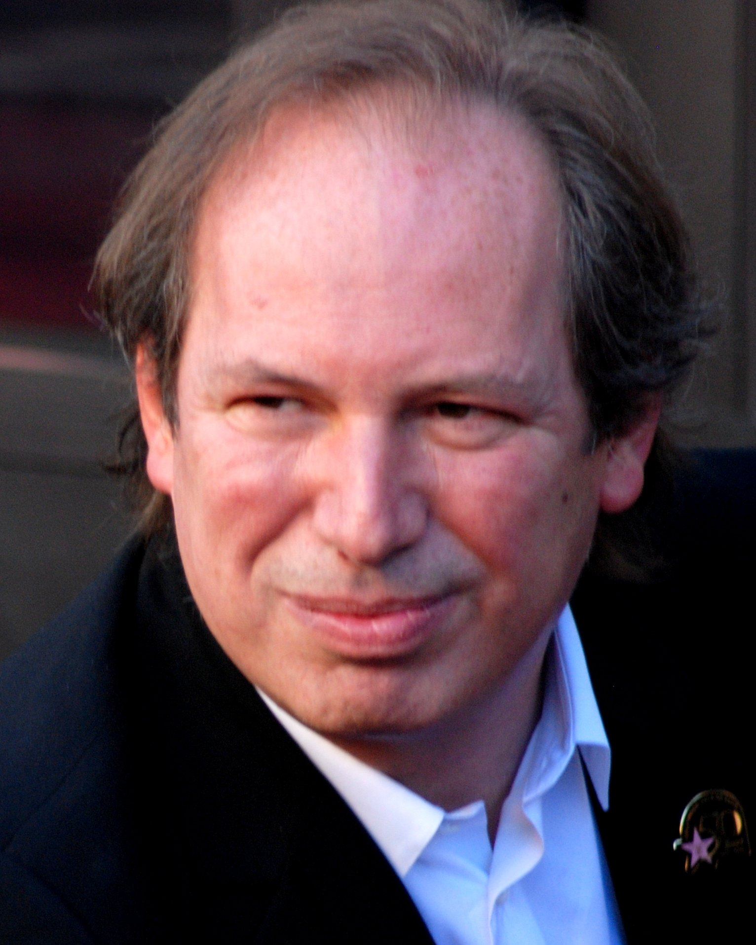 Hans Zimmer earned a  million dollar salary, leaving the net worth at 90 million in 2017