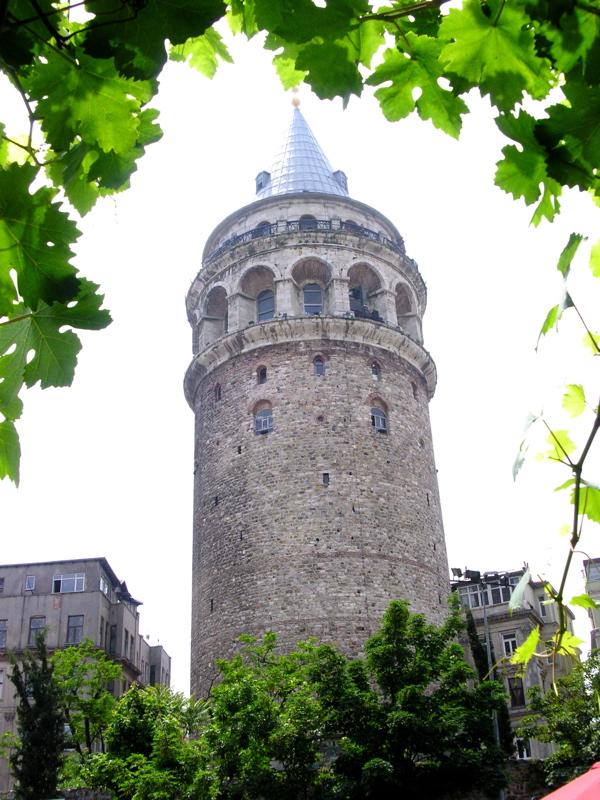 Istanbul Galata Tower 2005-05-30.jpg