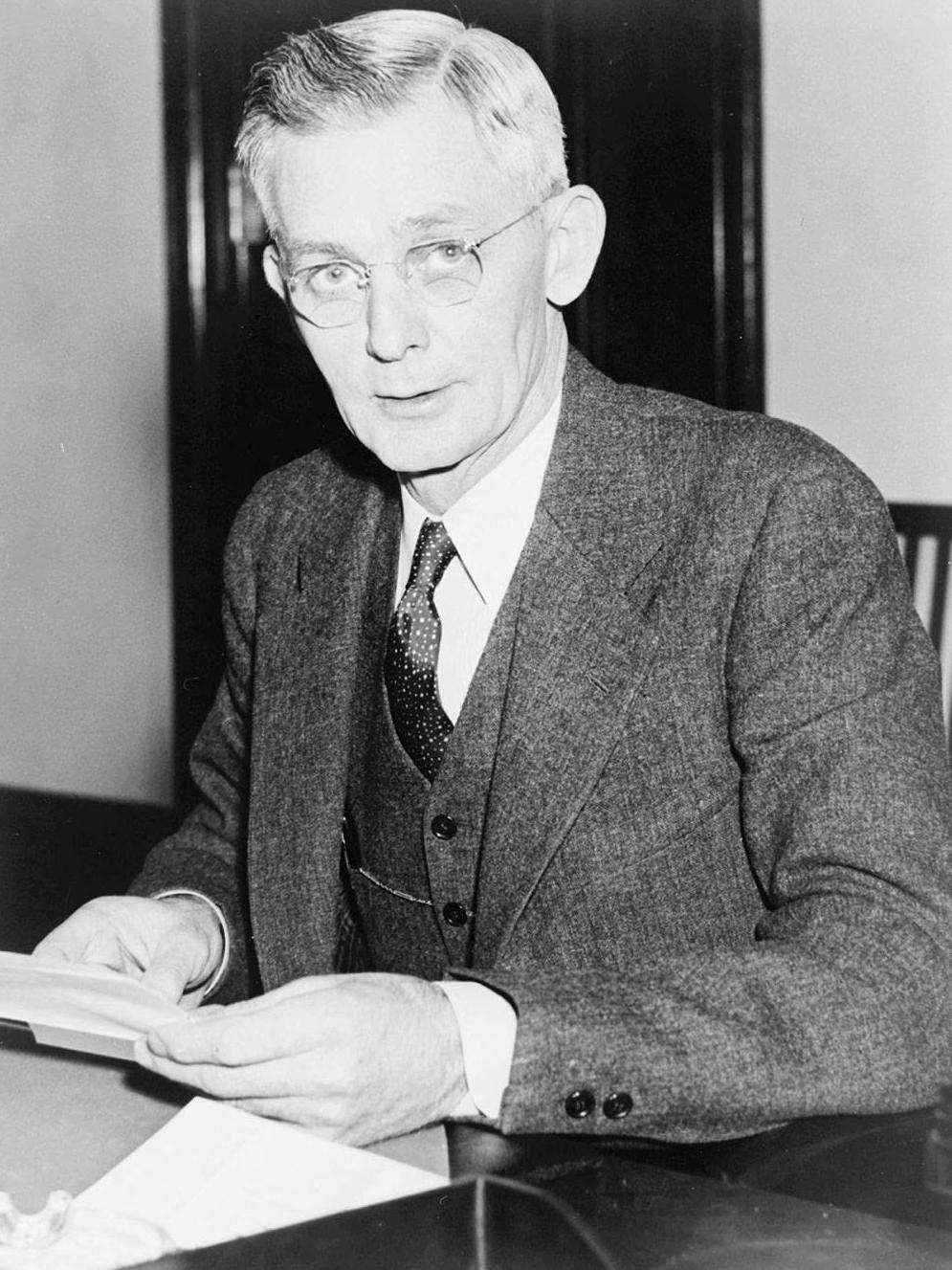 John E Miller