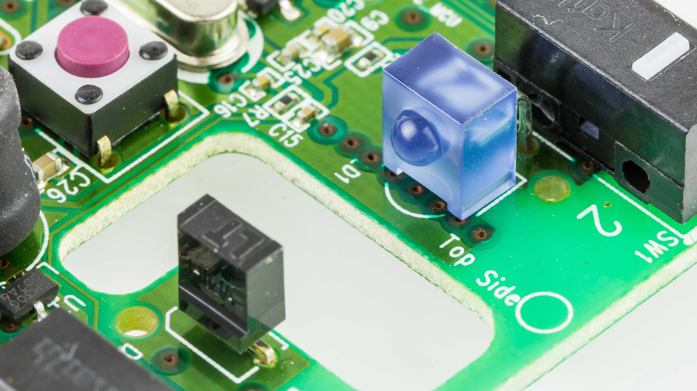 File:Logitech M210 - Photoelectric sensor for the Scroll wheel-2424