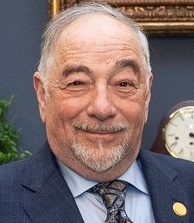 Michael Savage at the White House in 2018.jpg