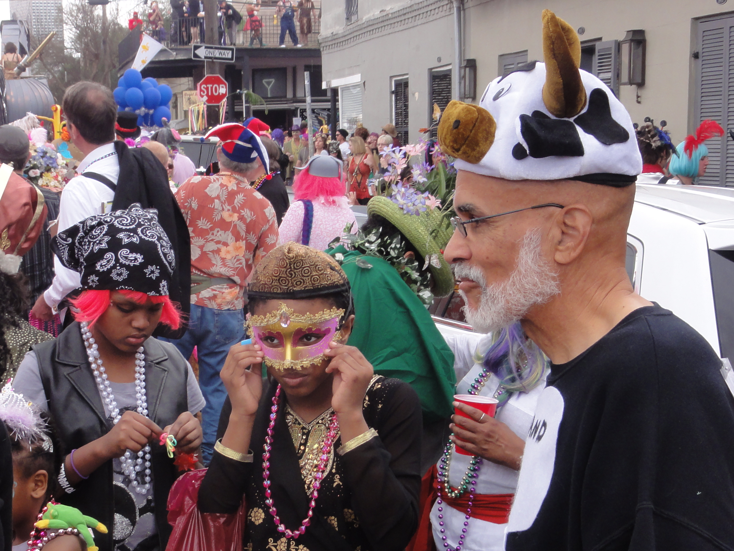 Description New Orleans Mardi Gras Musa 2012.jpg