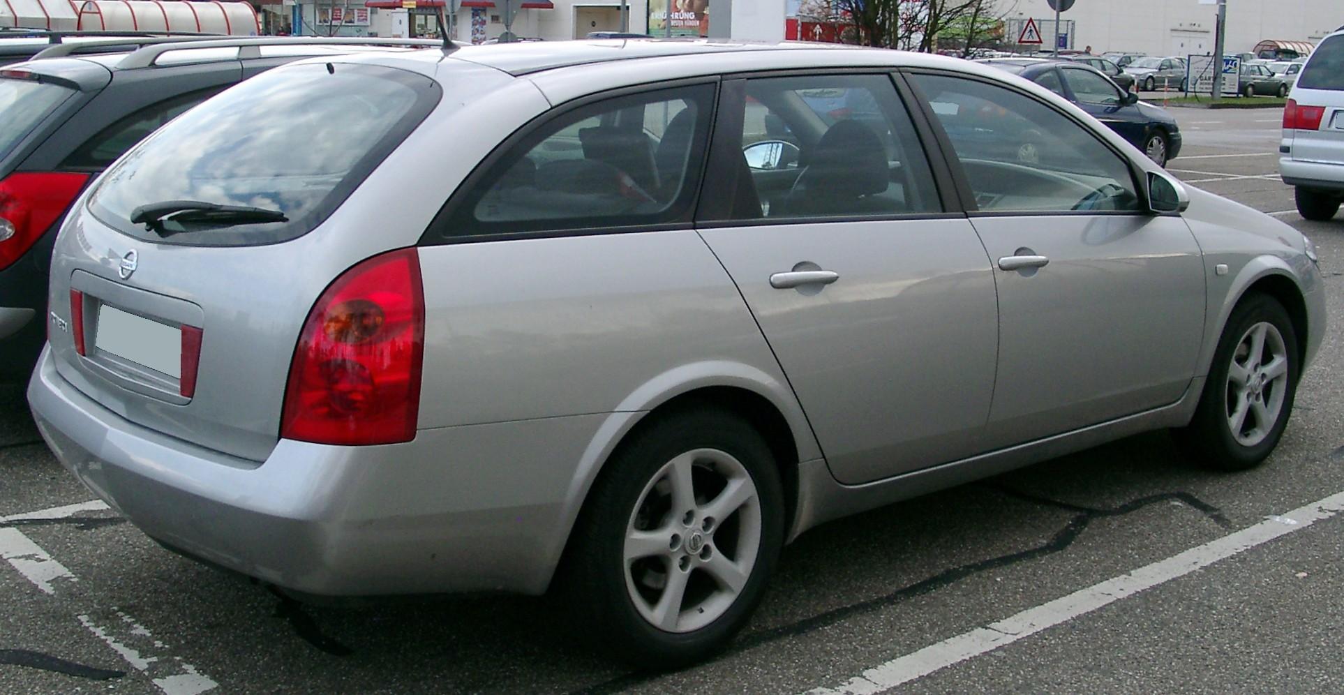 Nissan_Primera_Traveller_rear_20080331.j