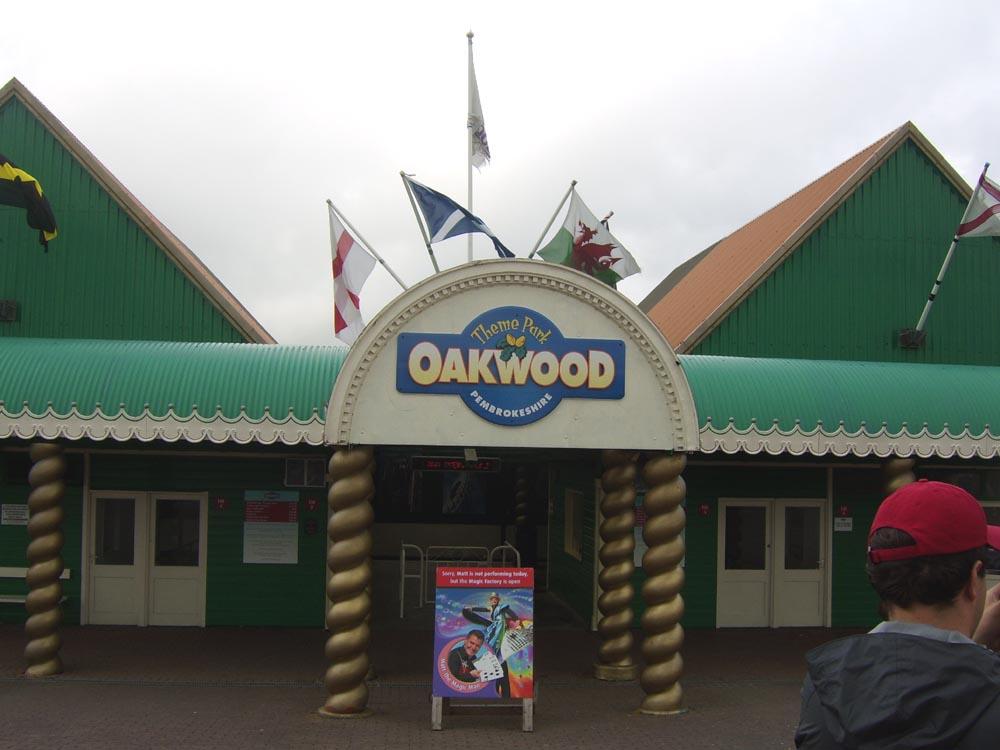 Oakwood theme park wikipedia for The oakwood