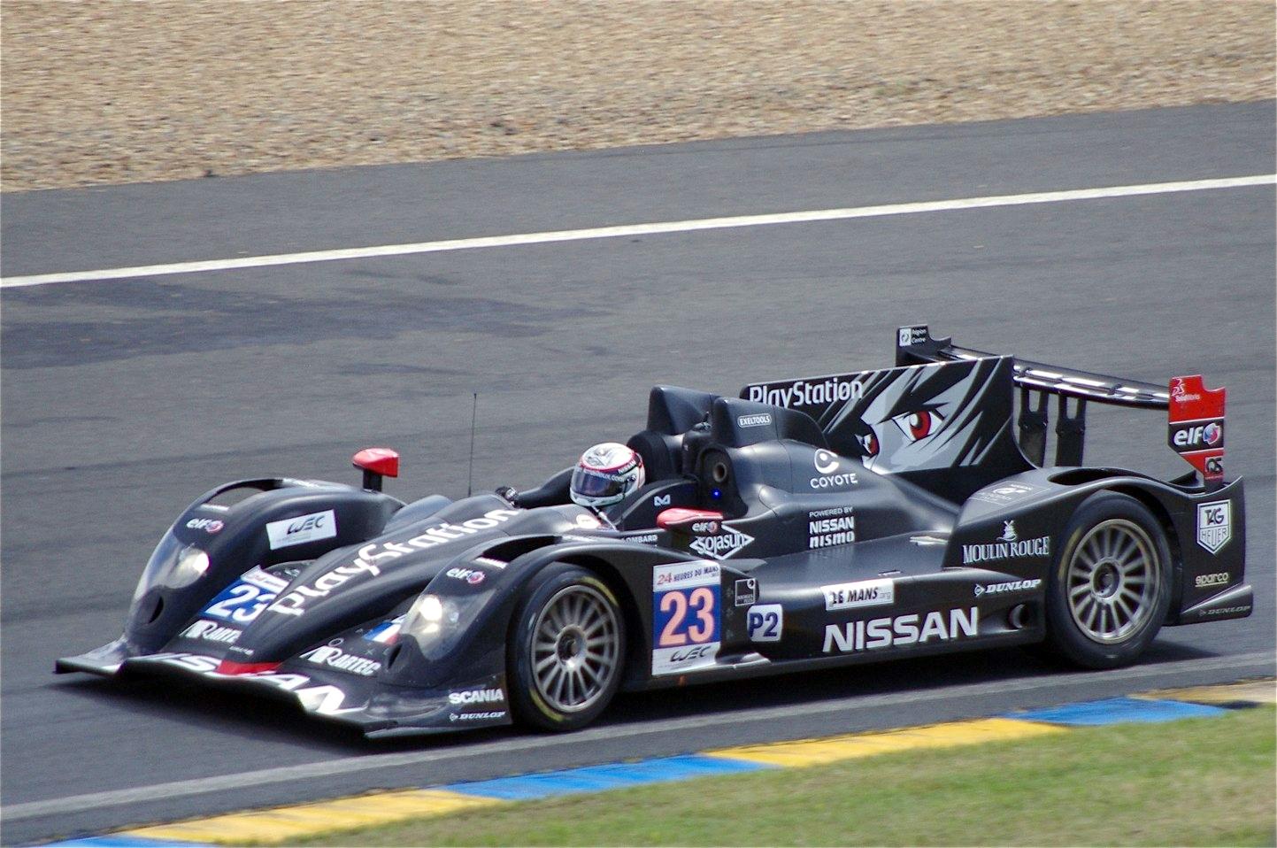 Oreca_03_Nissan_Signatech-Nissan_%2823%29_Le_Mans_2012.jpg