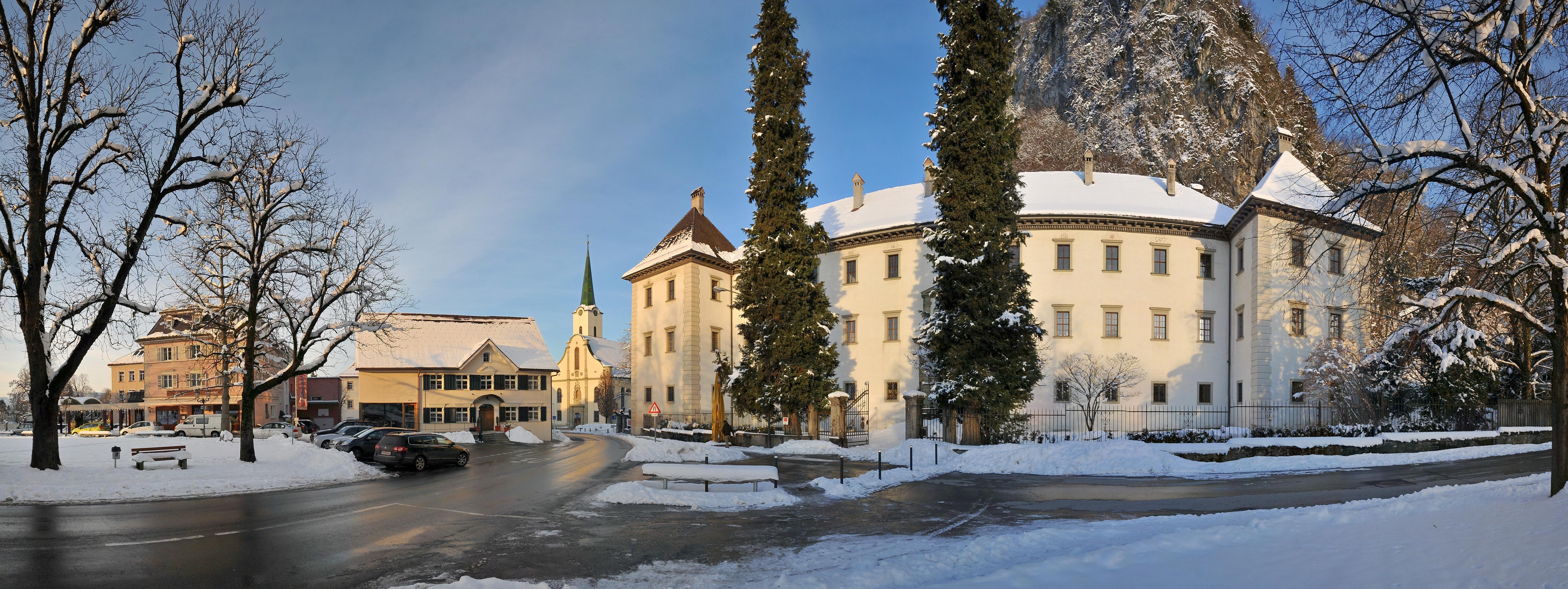 File:Palast Hohenems Winterpanorama 3.jpg - Wikimedia Commons