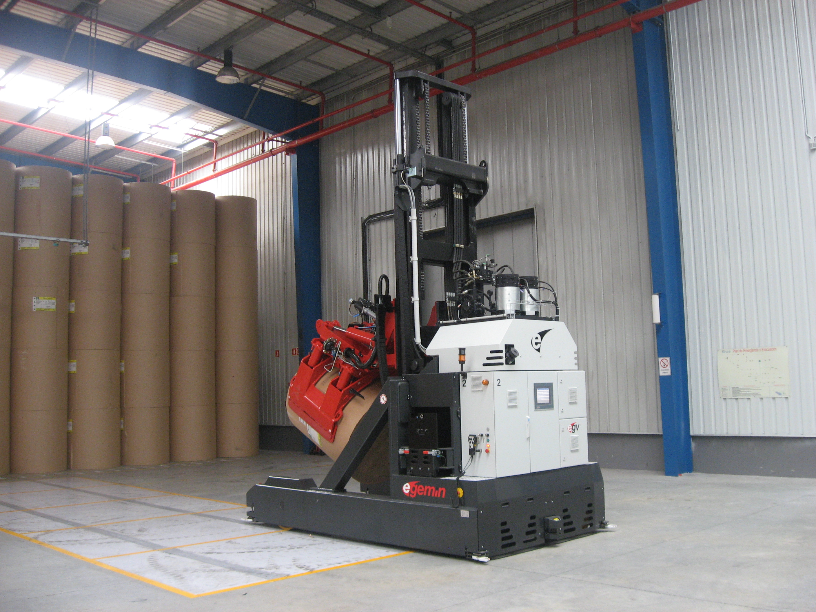 File Paper Roll Clamp Agv Courtesy Of Egemin Automation