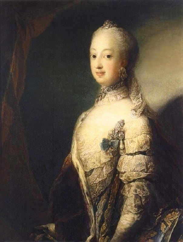 https://upload.wikimedia.org/wikipedia/commons/b/be/Pilo_Swedish_Queen_Consort.jpg
