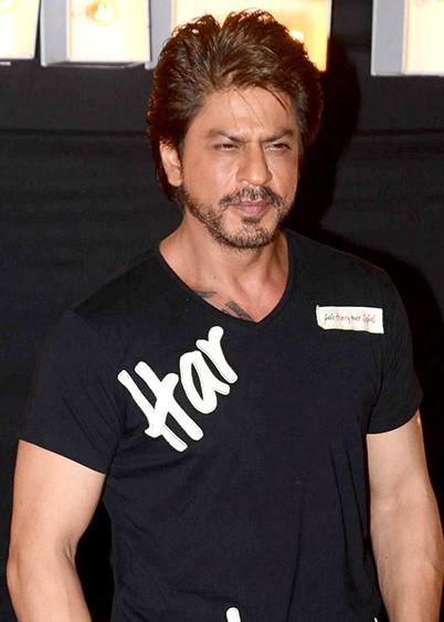File:Shah Rukh Khan at Jab Harry Met Sejal new song launch 'Beech Beech  Mein'.jpg - Wikimedia Commons