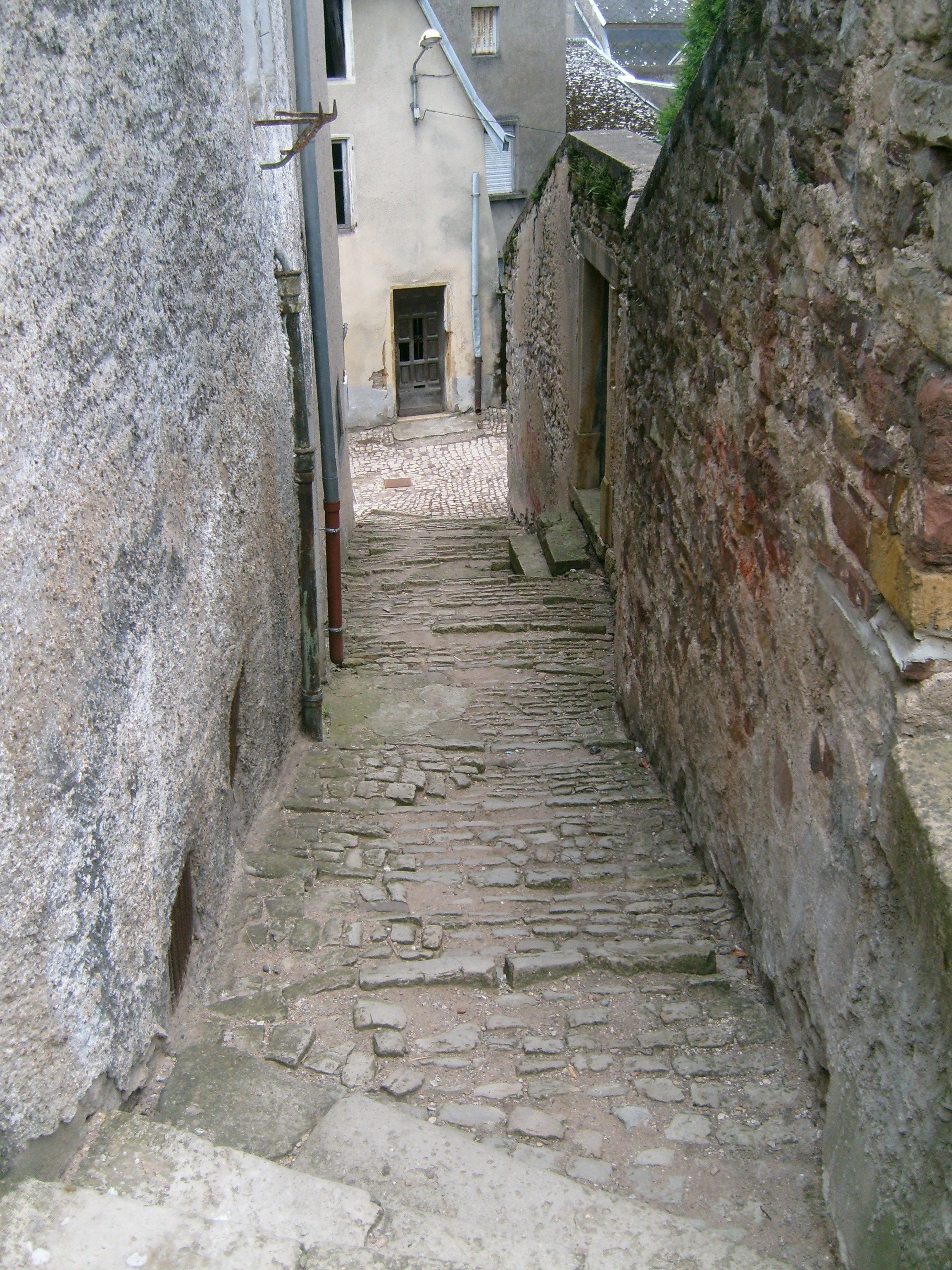 Http Commons Wikimedia Org Wiki File Sierck Les Bains Lorraine France 04 Narrow Street Jpg