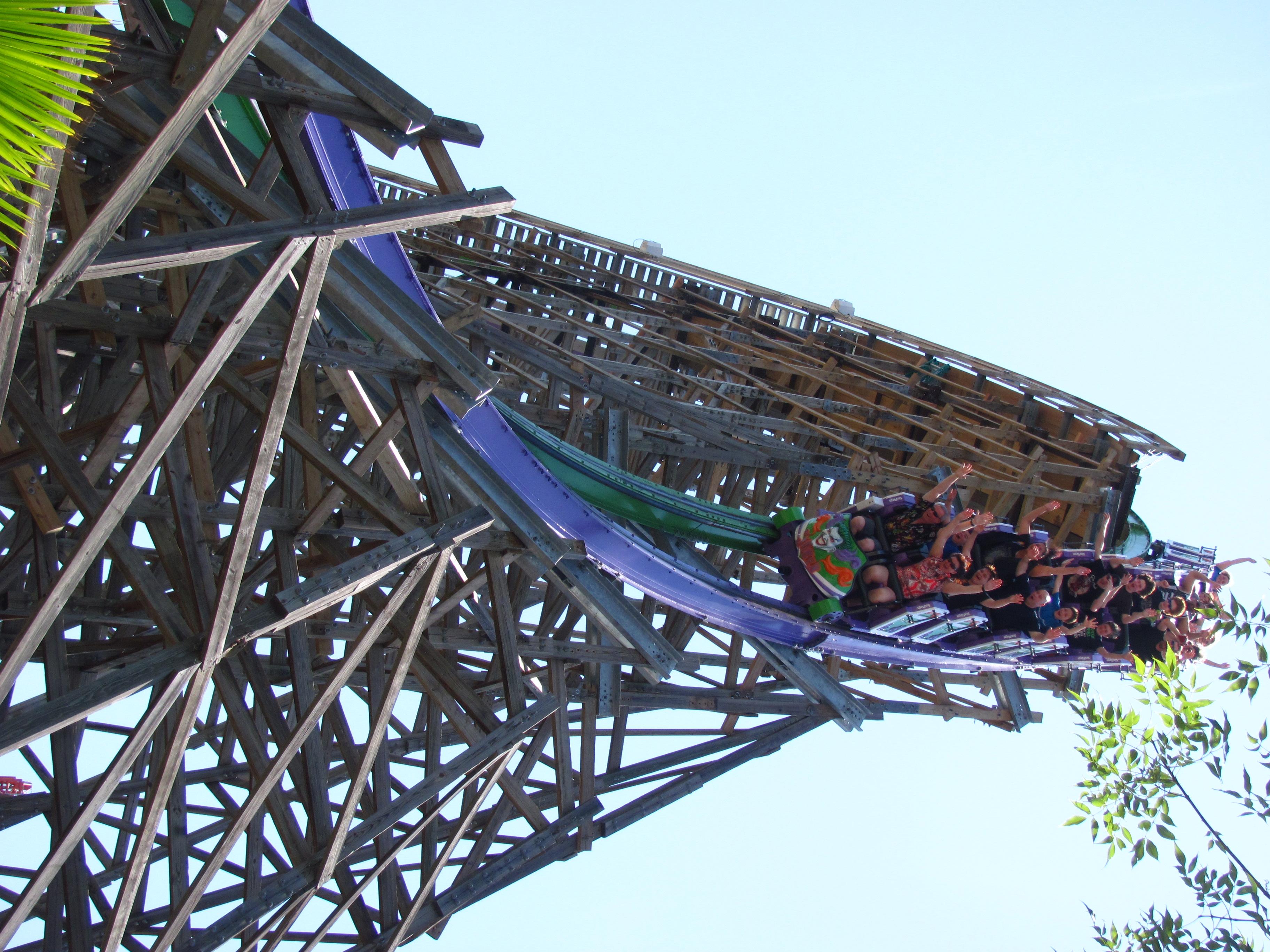 The Joker (Six Flags Discovery Kingdom) - Wikipedia