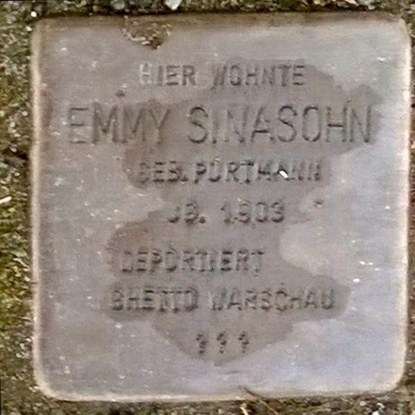Stolperstein Steinstr. 40 Rathenow - Emmy Sinasohn.jpg