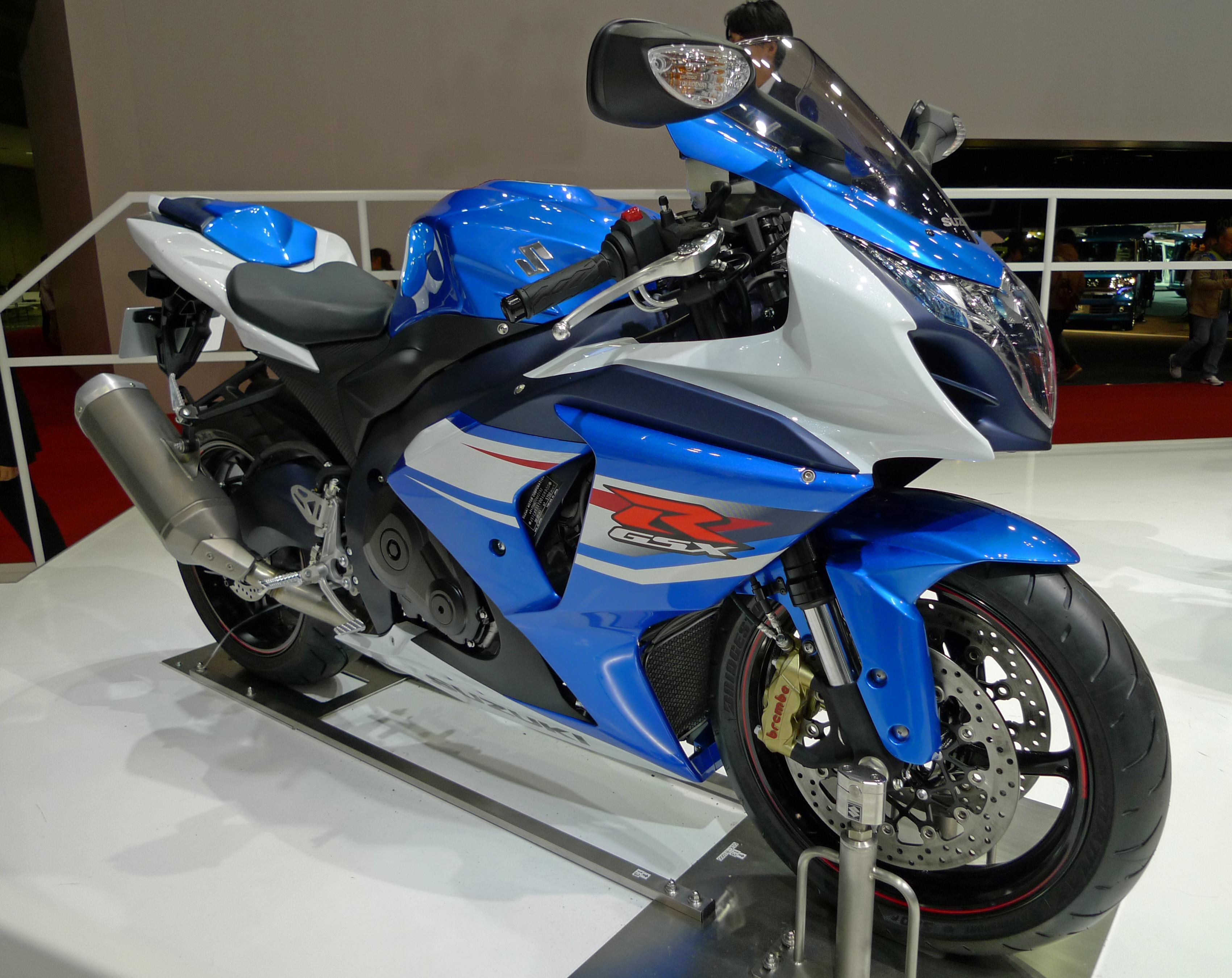 FileSuzuki GSXR1000 front 2011 Tokyo Motor Showjpg