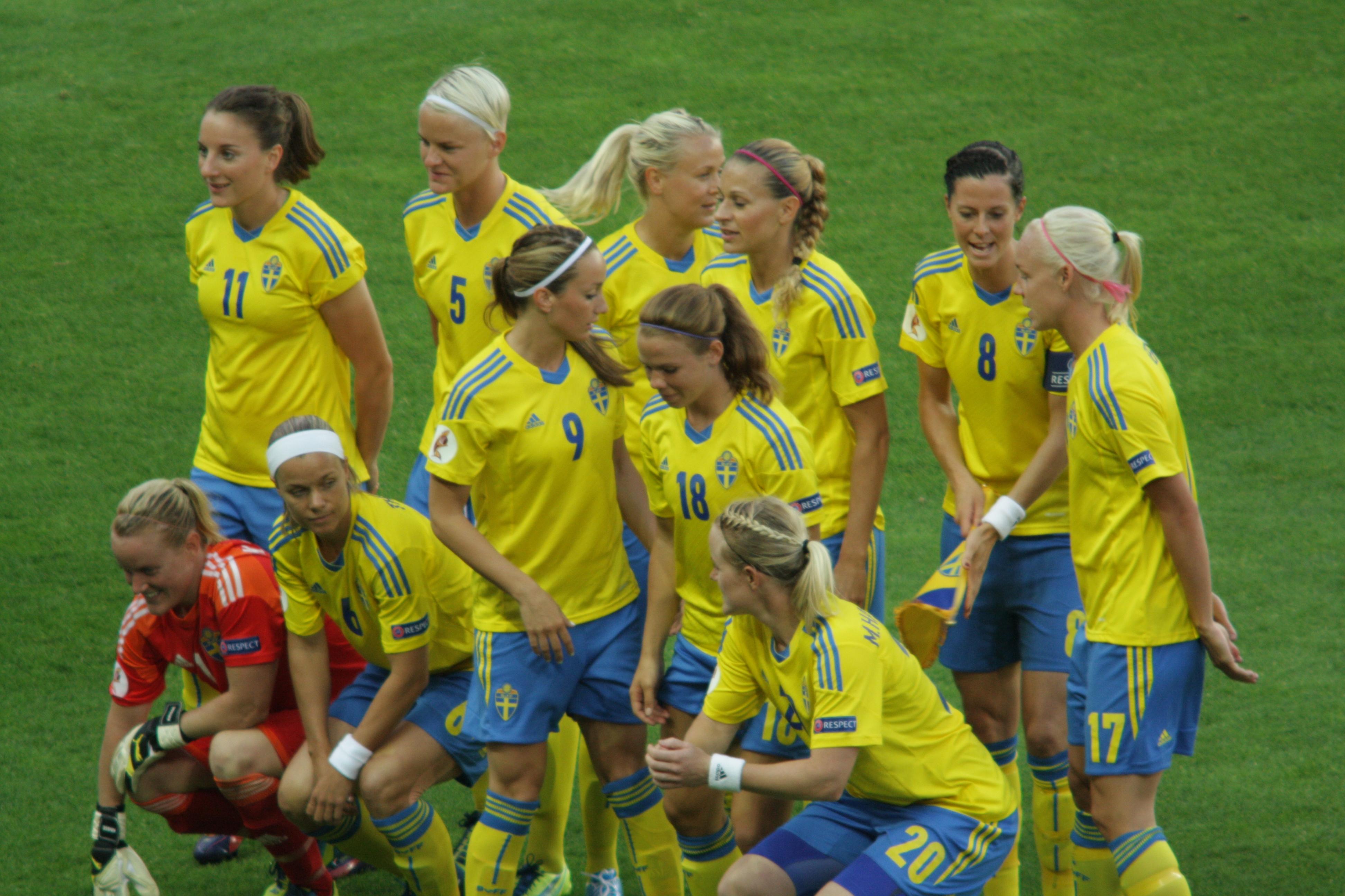 Svenska Damlandslaget Fotboll Drommen Om Em Grusades Nu Tar