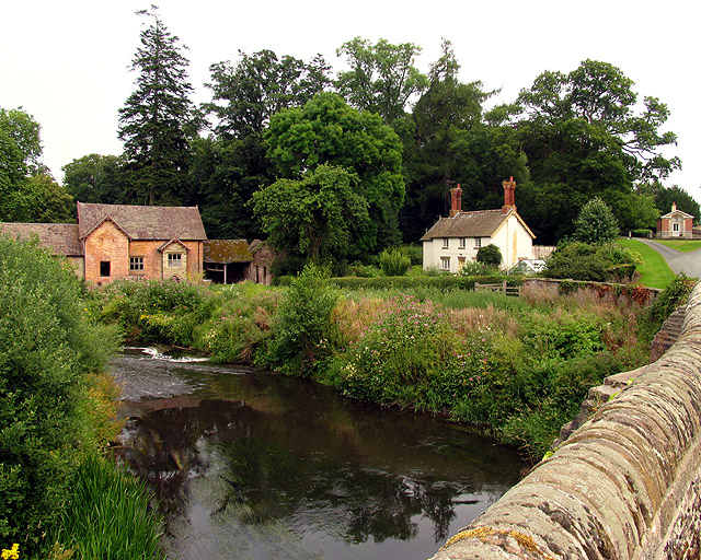 File:Teme River near Bromfield - geograph.org.uk - 31469.jpg