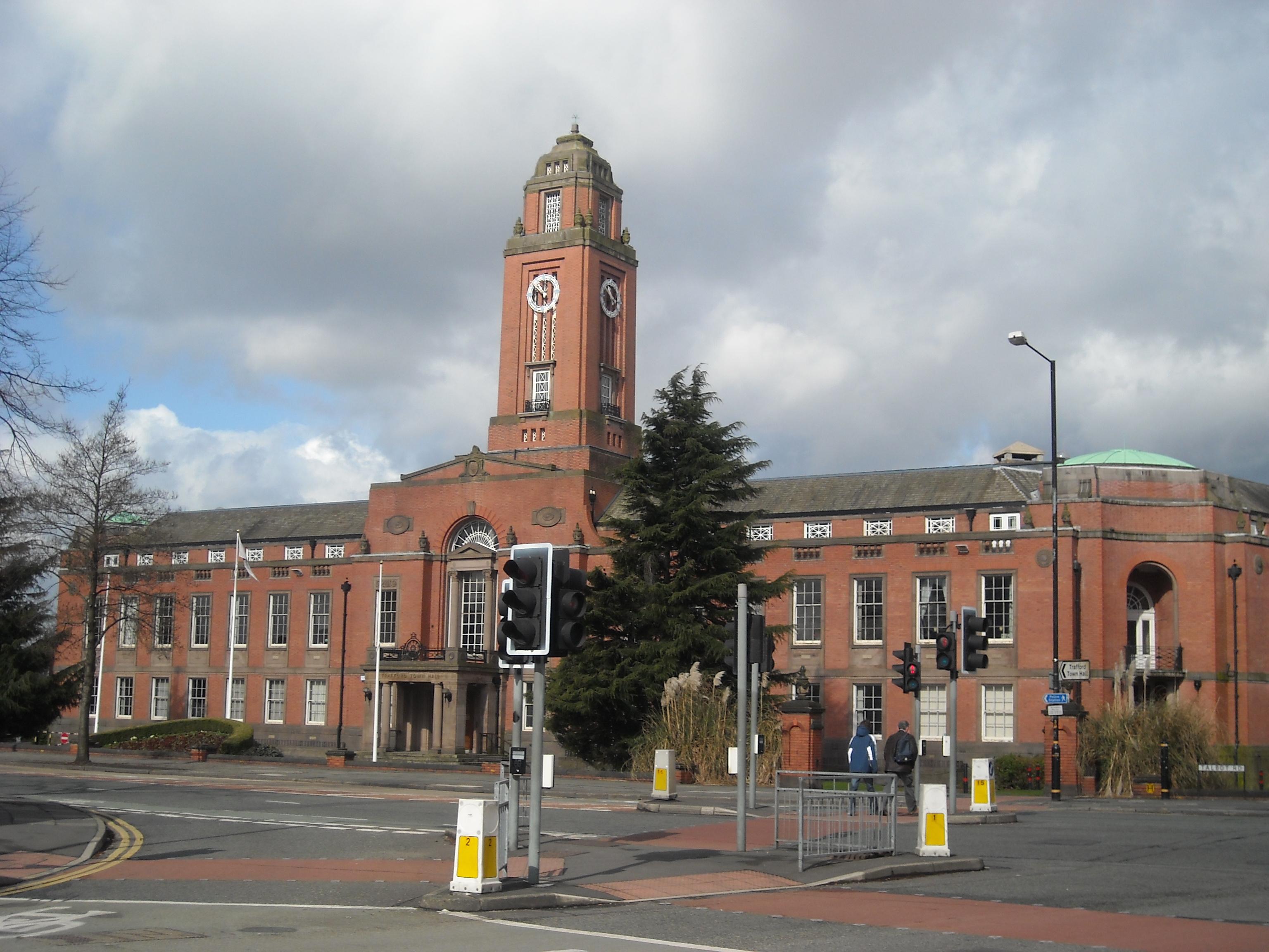 File:Trafford Town Hall, Stretford.jpg - Wikimedia Commonstrafford town