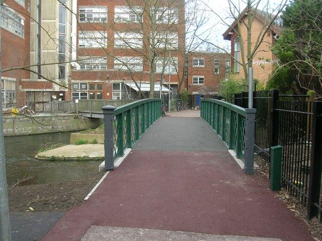 University footbridge over Hogsmill River - geograph.org.uk - 805445