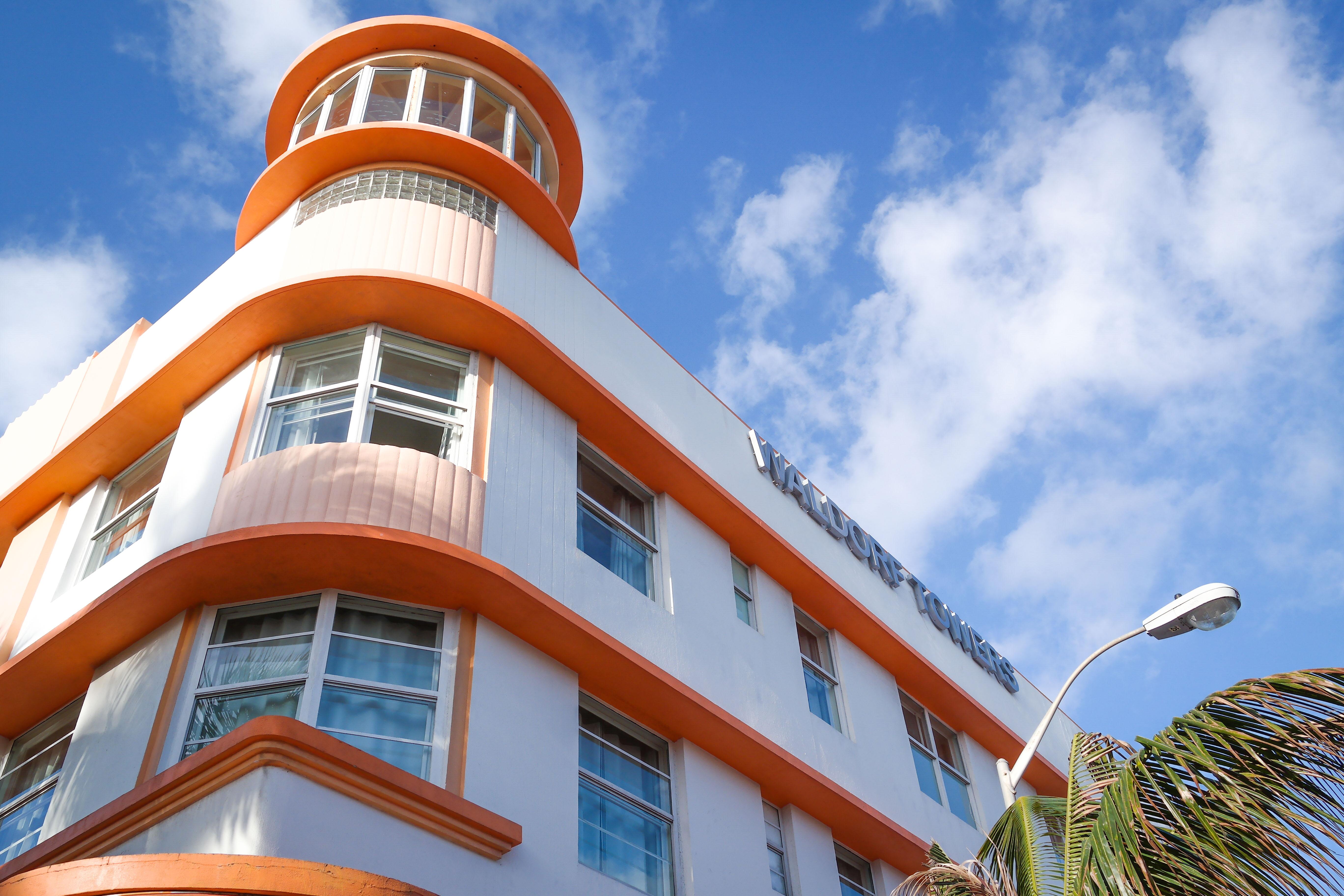 File Waldorf Towers Miami Beach 2 Jpg