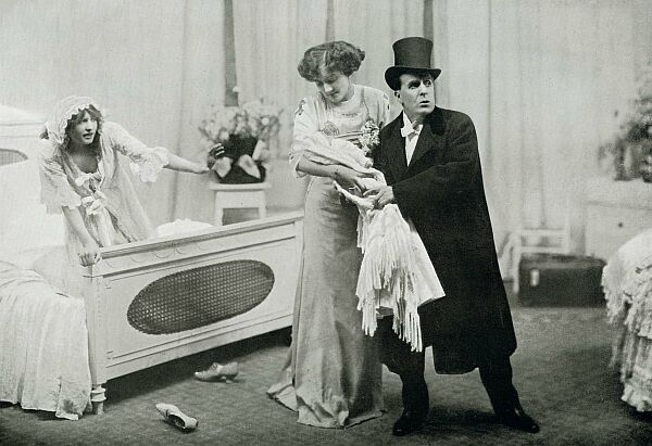 Iris Hoey (left), Lilias Waldegrave and Weedon Grossmith in Baby Mine, Criterion Theatre, 1911 Weedon Grossmith, Iris Hoey and Lilias Waldegrave in Baby Mine 1911.jpg