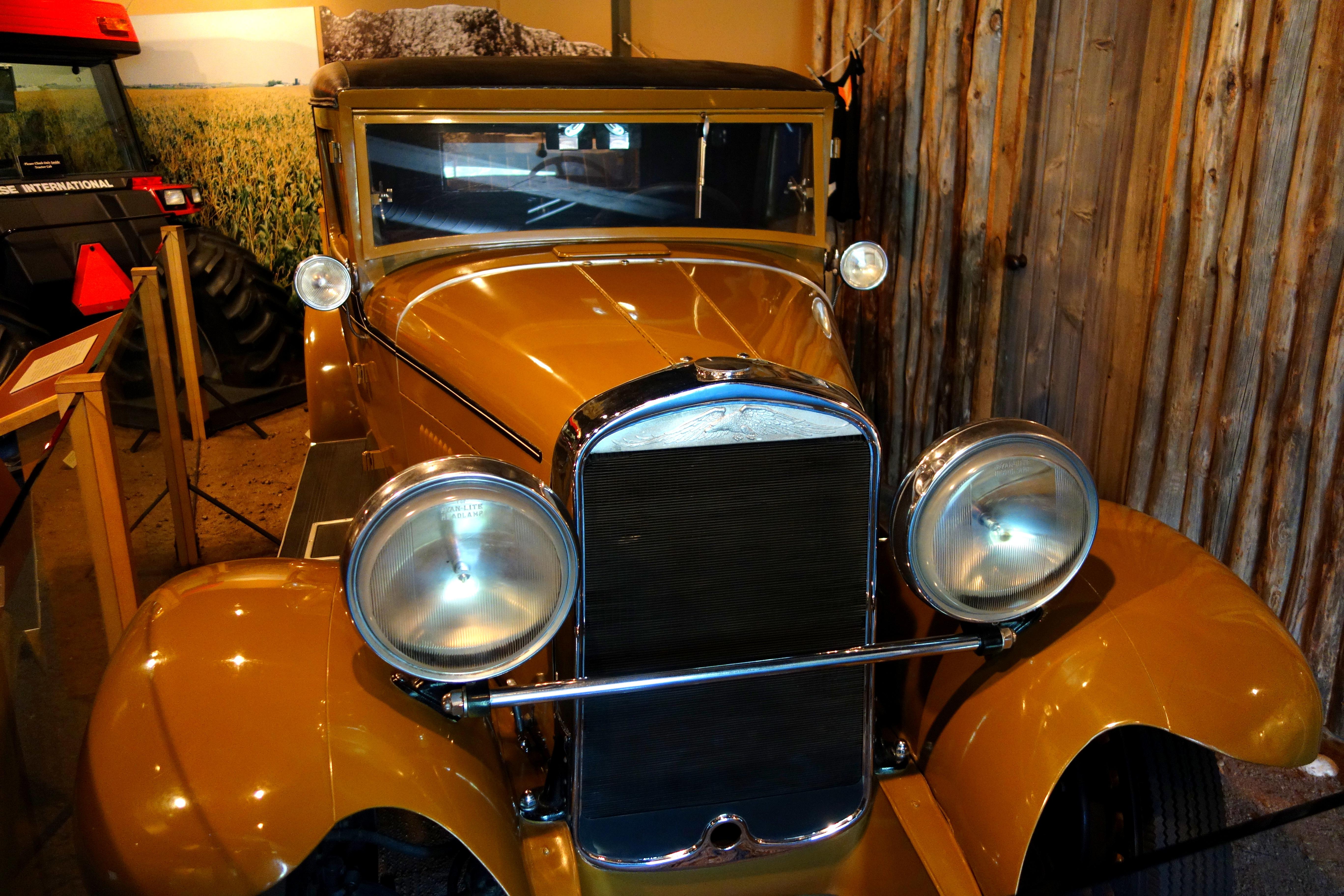File White Eagle Coupe Roadster 1928 Kissel Motor Car Company Hartford