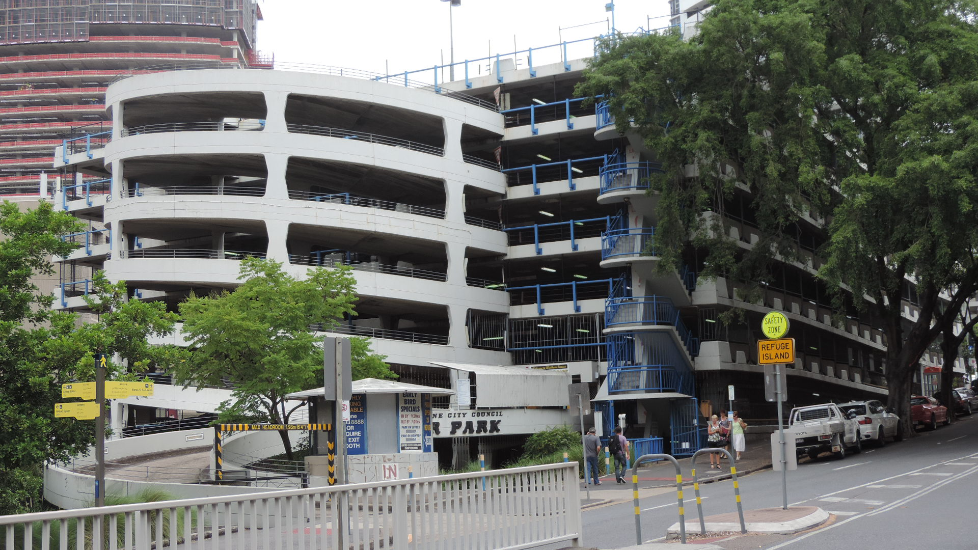 File wickham terrace carpark as seen from intersection of for 87 wickham terrace