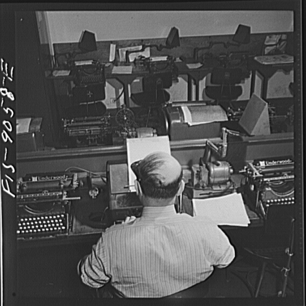 File:Wire room of the New York Times newspaper.8d22709v.jpg ...