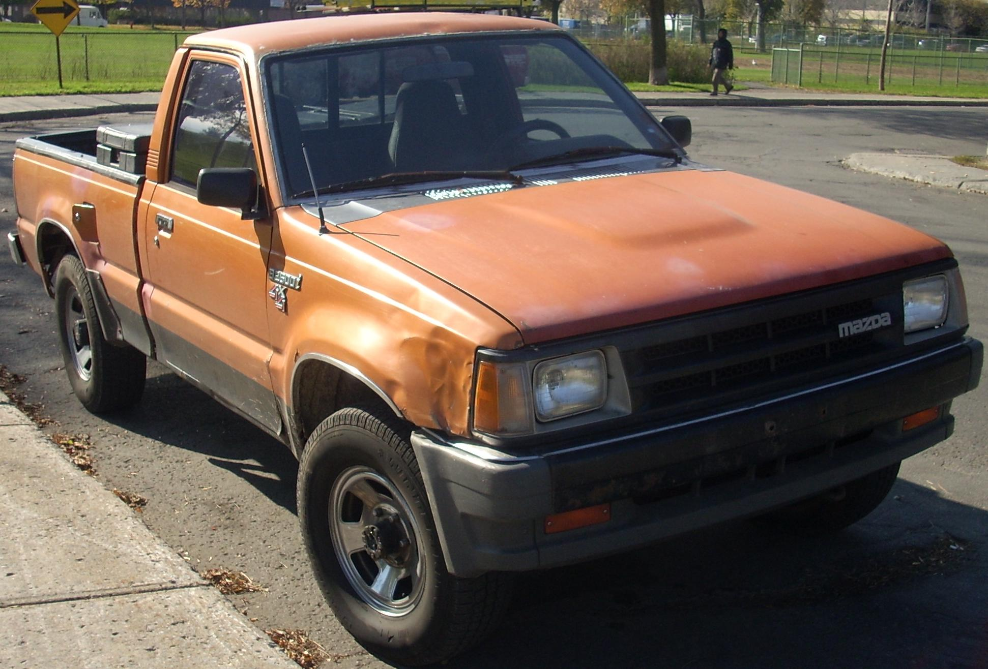 File 86 89 Mazda B2600i 4x4 Regular Cab With Short Bed