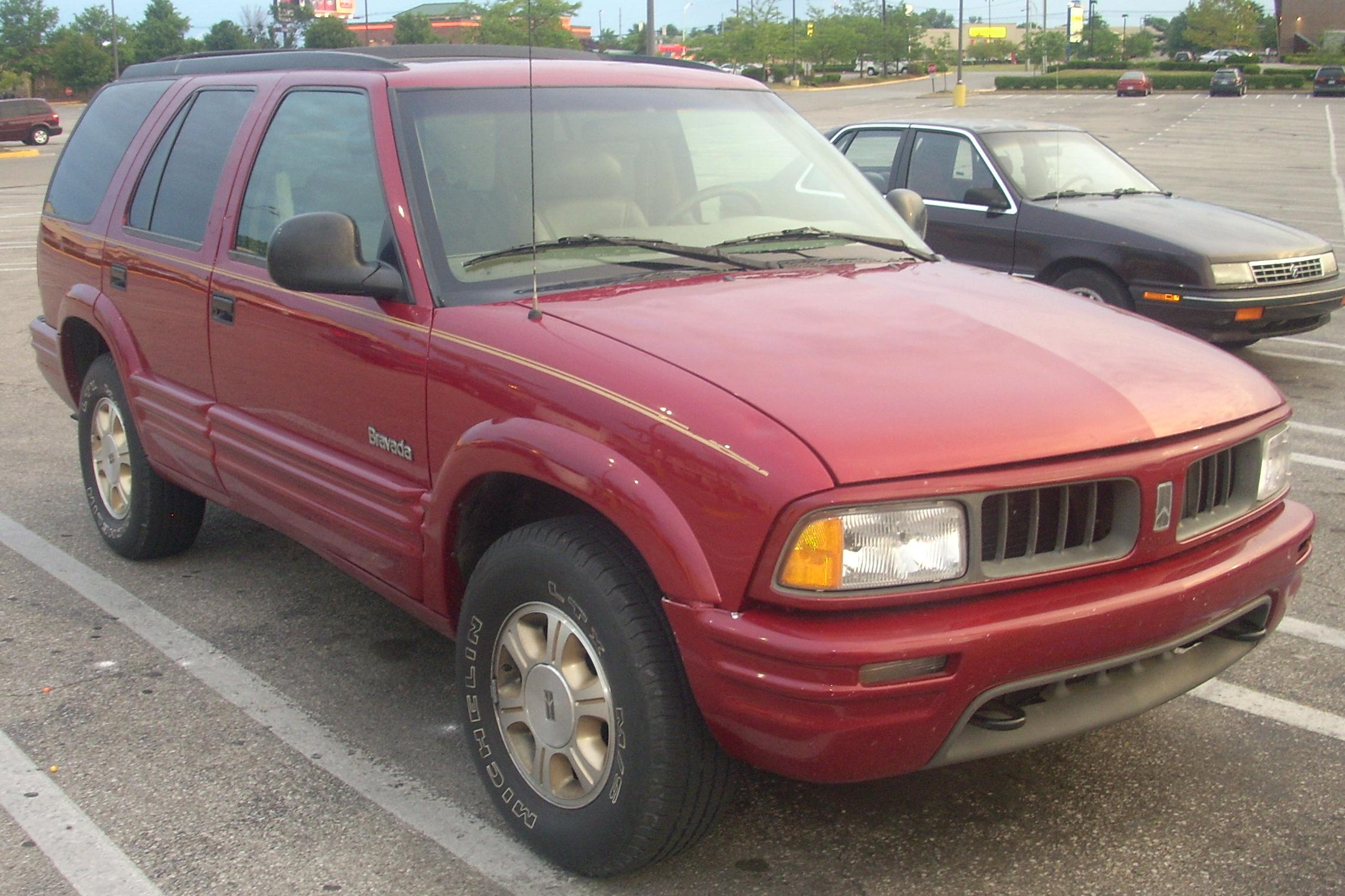 File:'95-'97 Oldsmobile Bravada SmartTrak.