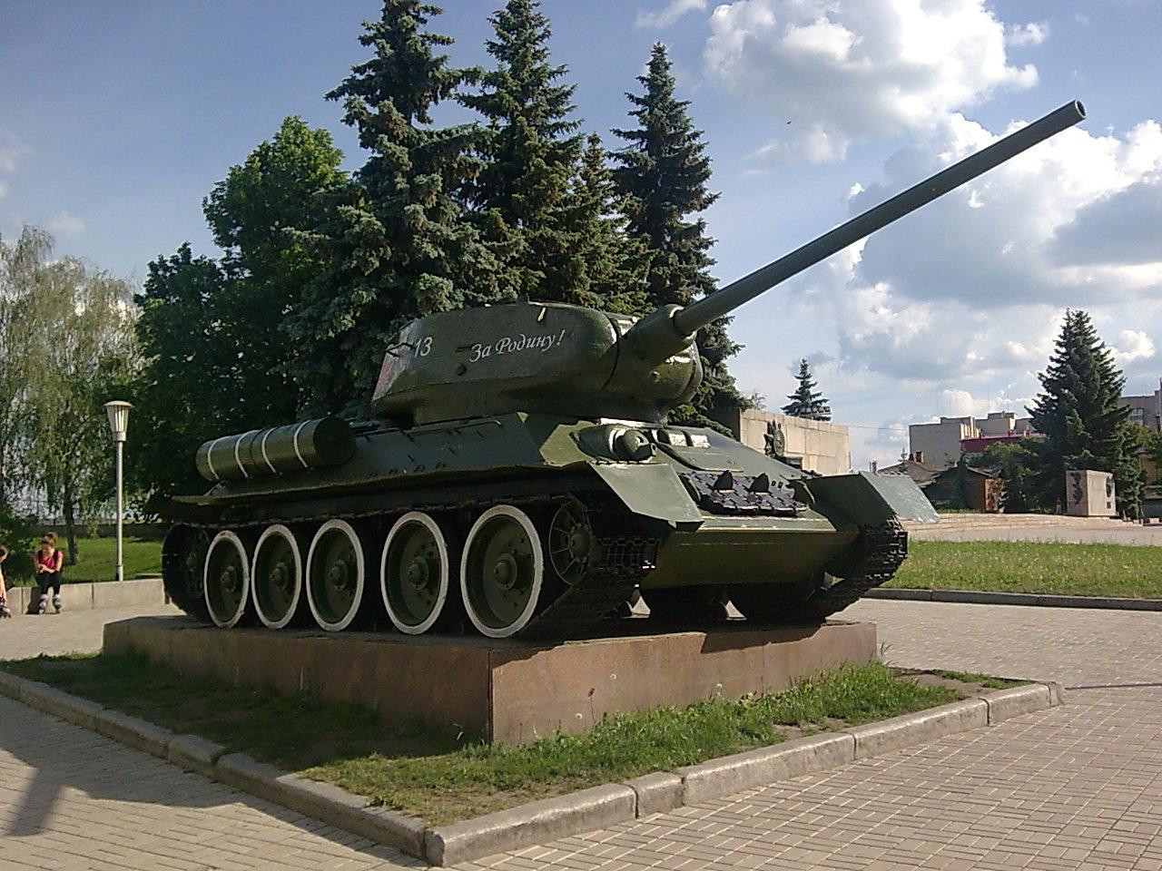 Подвиг экипажей т-26 и т-34-76