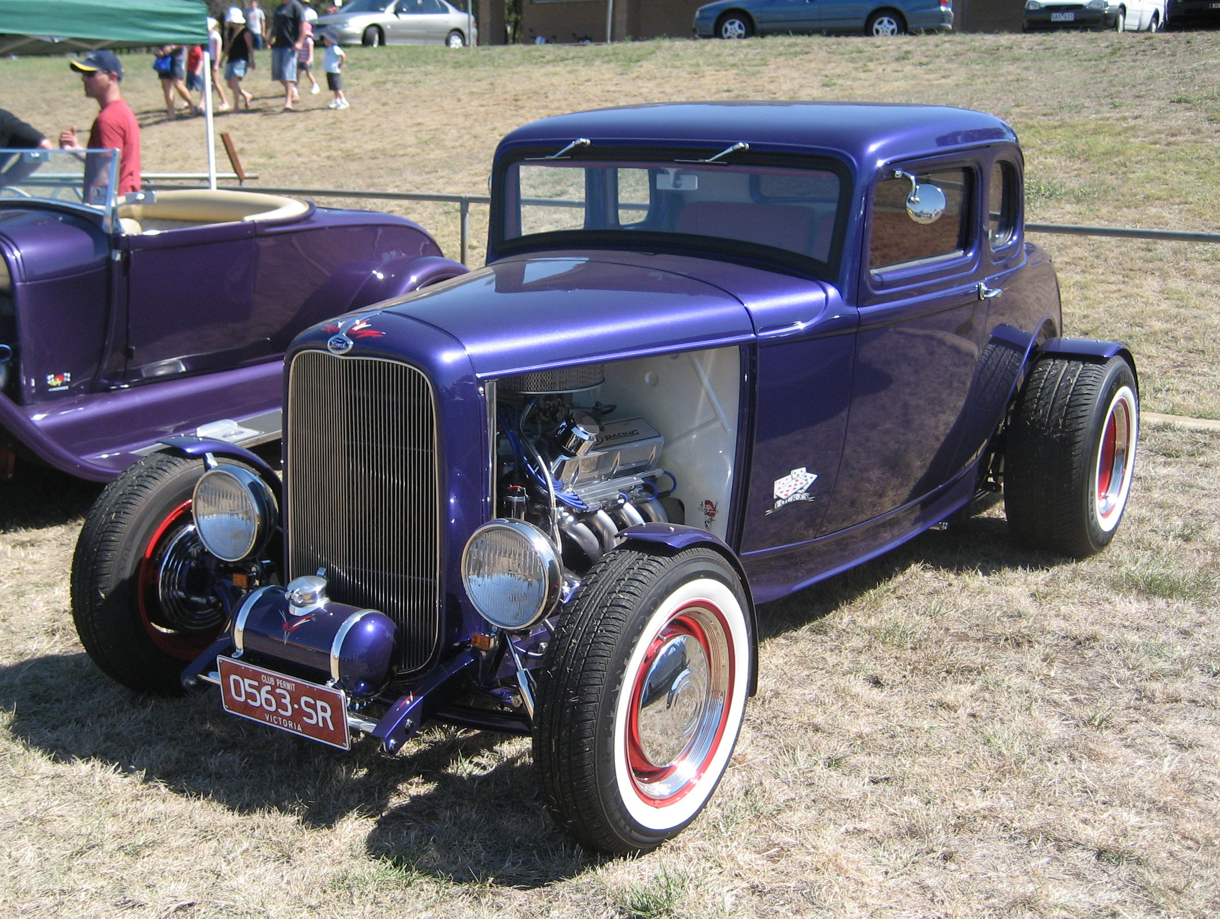 File:1932 Ford 5 Window Coupe Hot Rod (2).jpg - Wikimedia Commons