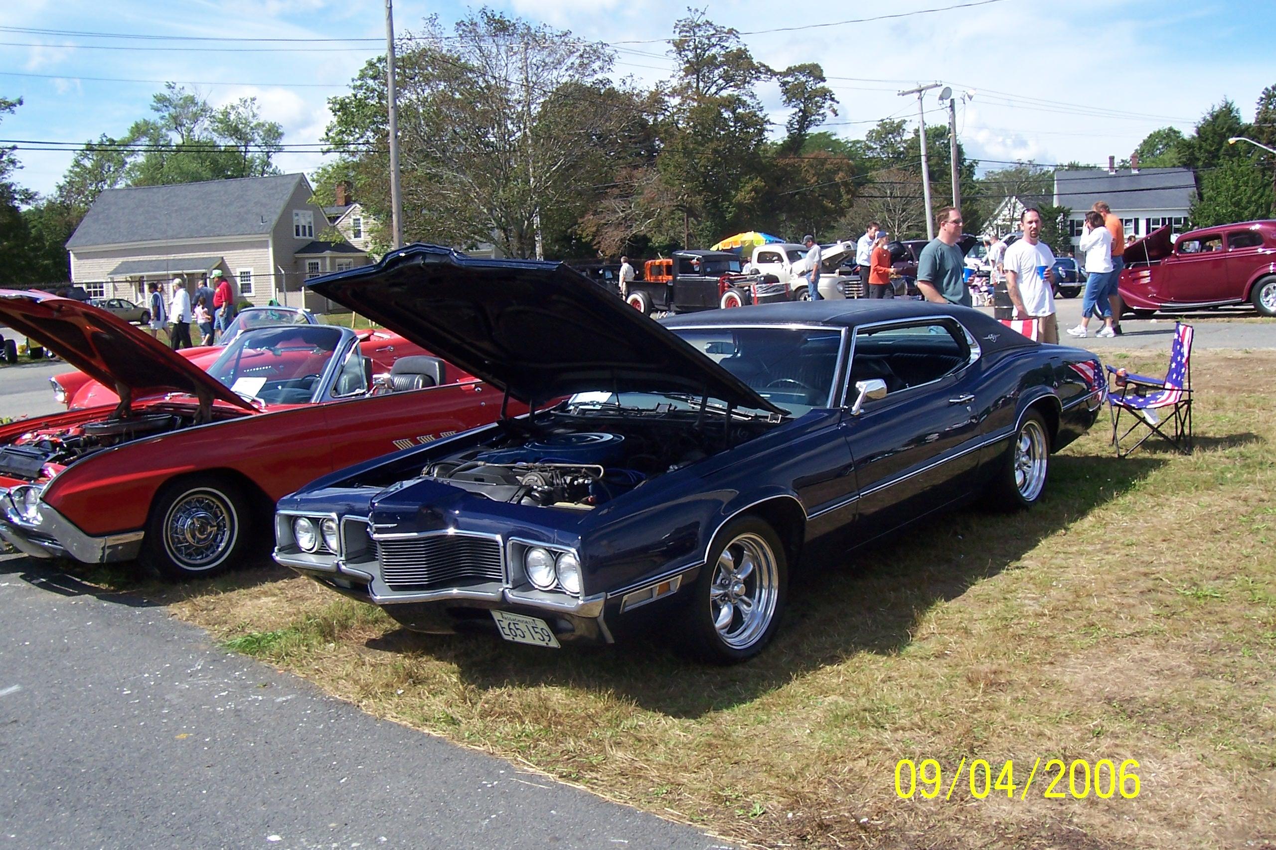 File:1970-1971 Ford Thunderbird.jpg - Wikimedia Commons