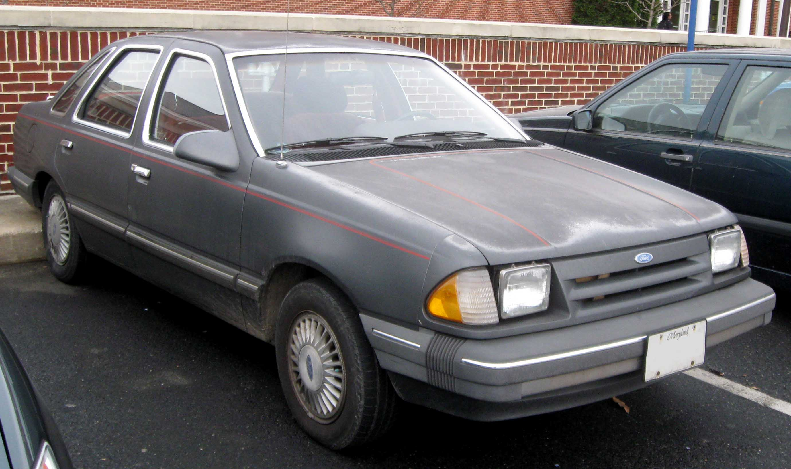 File1st ford tempo sedan jpg
