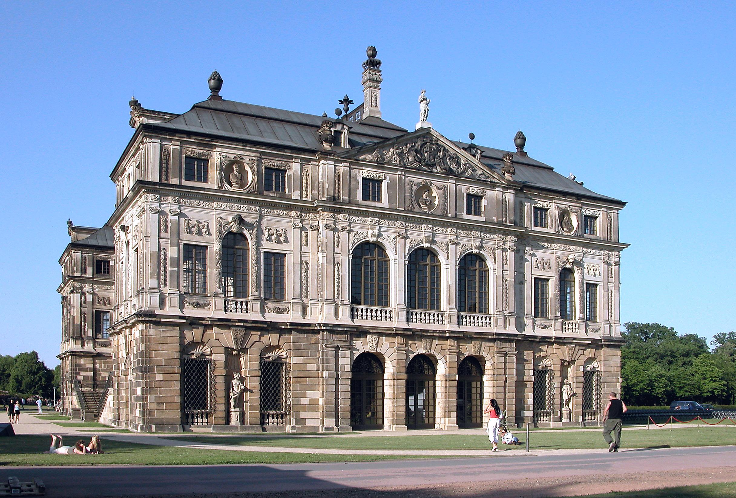 File 20030529120dr Dresden Palais Im Grossen Garten Jpg Wikimedia Commons