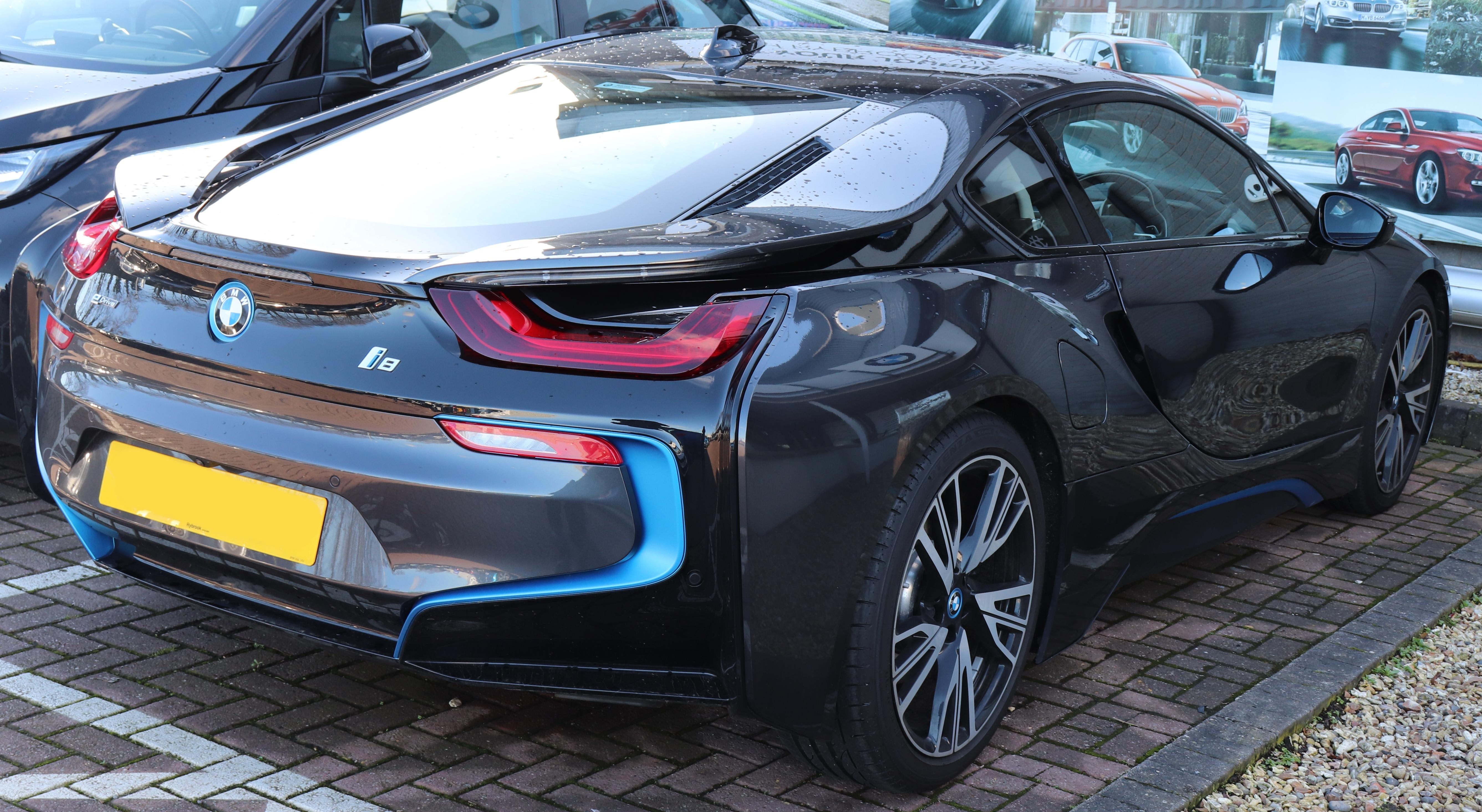 File2017 BMW I8 15 Rear